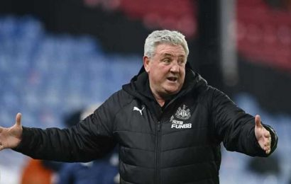 Newcastle still short of players after COVID-19 outbreak at club: Bruce