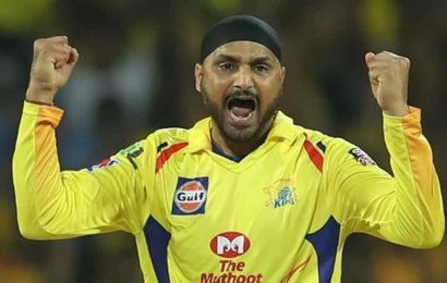 India vs Australia: ''If he doesn't learn, someone else will take the slot', Harbhajan Singh advises Indian youngster to learn from his mistakes