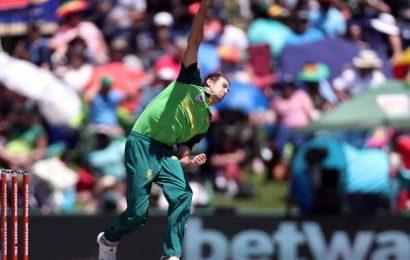South Africa name uncapped Dupavillon, Baartman for Pakistan tour