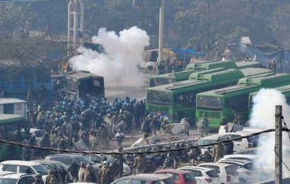 BJP MLA blames Sonia Gandhi, Rahul for violence during tractor parade, Congress hits back