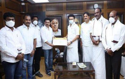 Three Rajini Makkal Mandram district secretaries join DMK