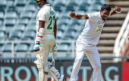 South Africa vs Sri Lanka   Karunaratne stands firm as Lanka stutters in its second innings