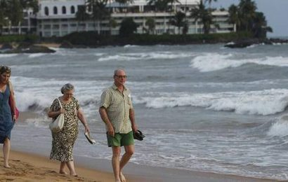 Sri Lanka reopens for tourists after 10 months