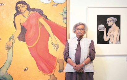Book analyses still life paintings of Jogen Chowdhury