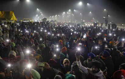 Farmers' protest: Delhi's Chilla, Ghazipur borders remain closed; traffic diverted