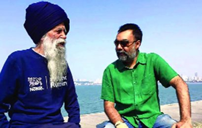 Chandigarh: Author Khushwant Singh's book on centenarian marathon-runner Fauja Singh to be a biopic now