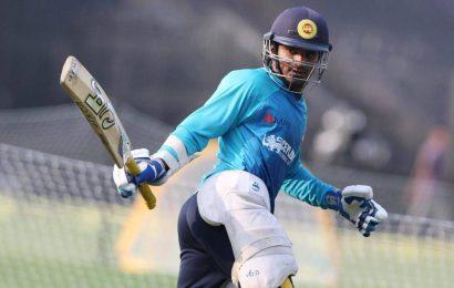 SL vs ENG 1st Test: Thirimanne helps Sri Lanka cut England's lead to 130