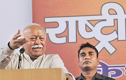 Farmers should continue talks with govt: RSS