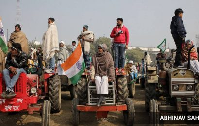 Farmers' stir: Thousands converge for third 'mahapanchayat' in western UP in as many days