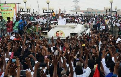 Alagiri greets supporters, says Stalin can never become Chief Minister without his backing
