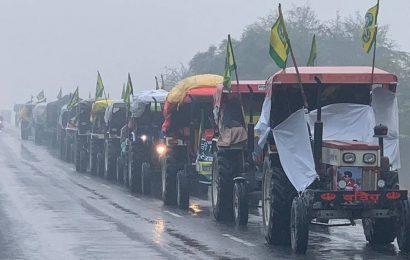 Talks stuck, tractor rally Jan 7: R-Day rehearsal, say farmers