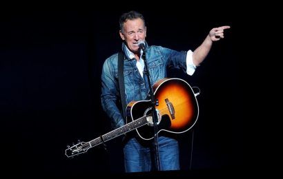 Bruce Springsteen DWI arrest report shows singer first refused breath test, 'smelt strongly of alcohol'