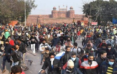 Delhi Police initiative to get iron batons draws ire