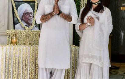 Raveena, Abhishek at chautha