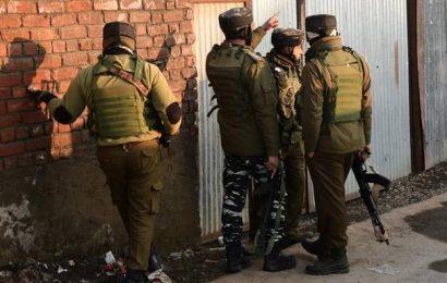 CRPF jawan injured in Srinagar militants' attack