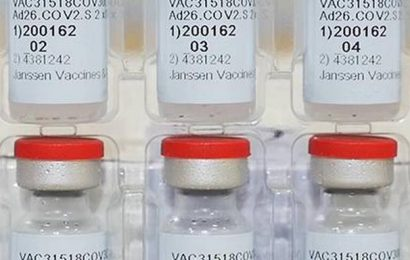 Coronavirus | U.S. advisers endorse single-shot COVID-19 vaccine from J&J
