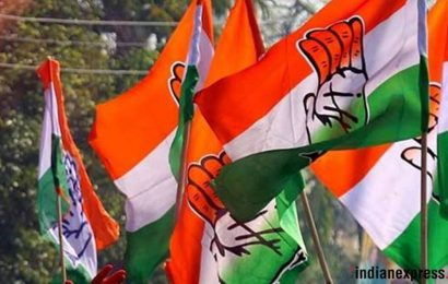 Congress organises protest march against fuel price hike in Kolkata