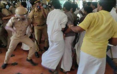 Protests rock Sanskrit varsity for the second day