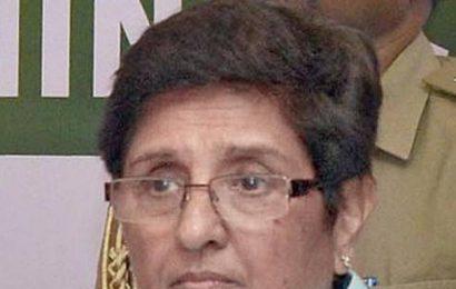 Bedi all praise for her successor