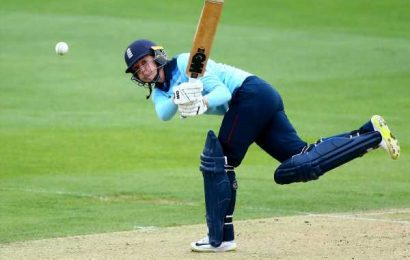 Sarah Taylor in coaching role with Sussex men's squad