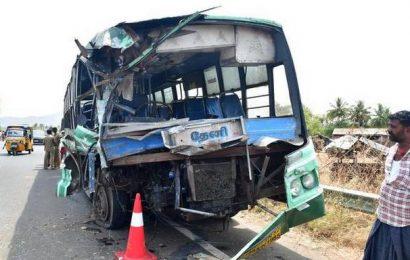 Four killed in road accident near Batlagundu, 8 critical