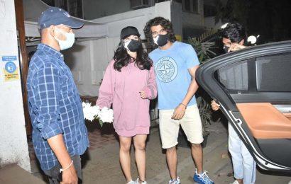 Vijay Deverakonda dinner date with Rashmika Mandanna