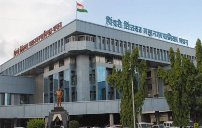 Amid surge, PCMC to seal shops, offices flouting COVID norms; collector to decide on 'janata curfew'