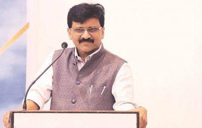 Anil Deshmukh accidental home minister, says Sanjay Raut