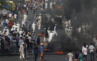 Bangladesh violence escalates, teen dies
