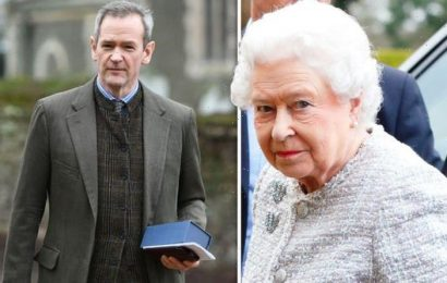 Alexander Armstrong talks playing Pointless with Queen as he admits 'I was terrified!'