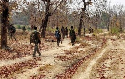 Chhattisgarh: Naxals kill policeman after abducting him