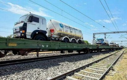 Coronavirus | Oxygen Express with 70 tonnes of oxygen to reach Delhi by Monday night: Railways