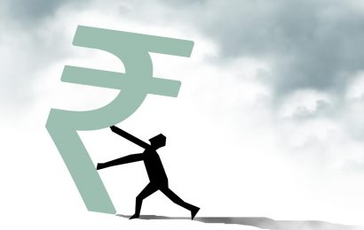 Don't panic over sudden movement of rupee, say dealers
