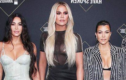 Kim Kardashian Gives The Middle Finger & Bonds With Sisters Amid Kanye Divorce: '4EVA'
