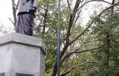 L-G directs officials to ensure proper maintenance of statues