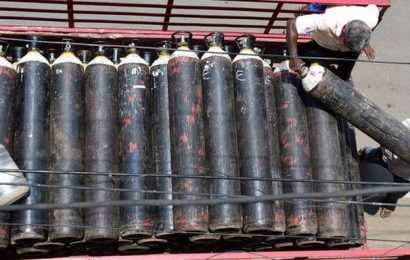 TN asks oxygen manufacturing industries to explore ways to increase production