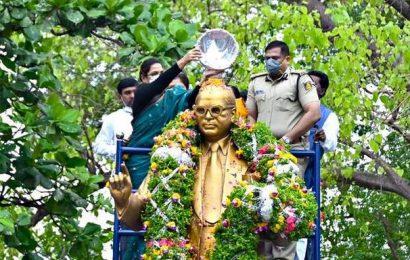 Tributes paid to Ambedkar