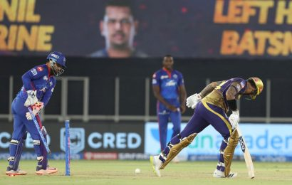 Turning Point: KKR lose wickets in a heap…