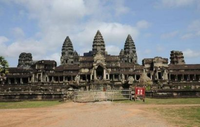 Cambodia closes Angkor temples as outbreak grows