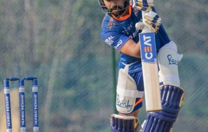 Mumbai Indians go from strength to strength as IPL hat-trick beckons