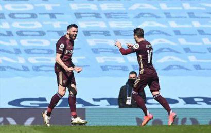 PIX: 10-man Leeds shock Manchester City