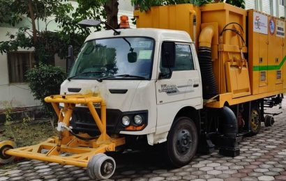Railways moots use of automated scavenging mini truck to keep tracks clean