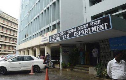 Net direct tax receipts rise 5%