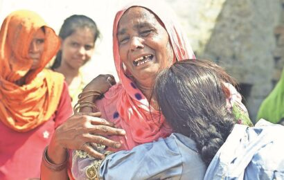 Aligarh hooch death toll climbs to 25, one more accused held
