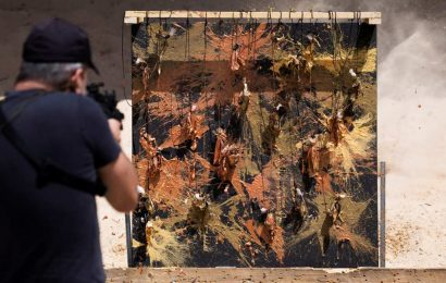 Art attack: Israeli ex-sniper blasts paint in mental health message