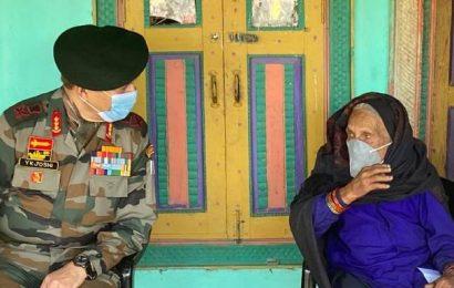 Coronavirus | 120-year-old woman inspires vaccination in Jammu and Kashmir