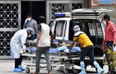 Coronavirus | India records its highest single-day fatality toll