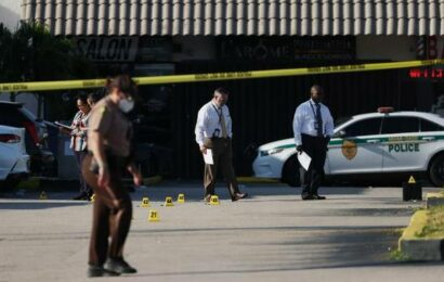 Florida shooting kills at least two, wounds 20