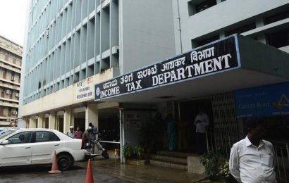 Govt. extends I-T filing deadline