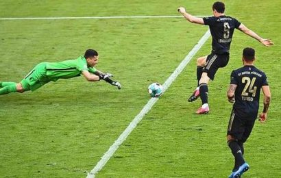 Lewandowski surmounts Muller's record